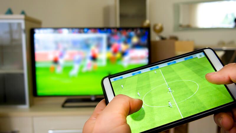 Transmisje sportowe live u bukmacherów to mecze online za darmo